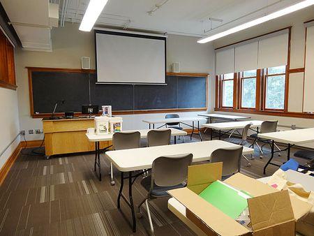FrontClassroom00415